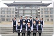 北京大学图书馆前的我们