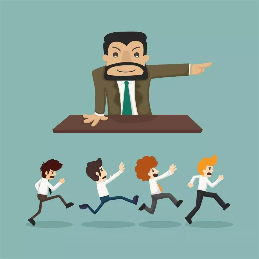 罚款是没有用的   对于一个低层主管来说,罚款是有用的。对于一个高级主管来说,罚部下的款是没有用的。因为部属不是机器,特别是你主管的不是一些从事实干的员工,而是下一层的主管的时候。罚款的效果是很低的。所有人似乎都认为,罚款之后,对方一定会因为害怕罚款而承担一定的责任。其实这是想当然!