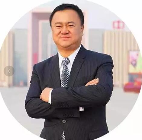 后E荣耀募集资金80亿、公司市值或超800亿,8班校友党彦宝坚持用爱回报社会